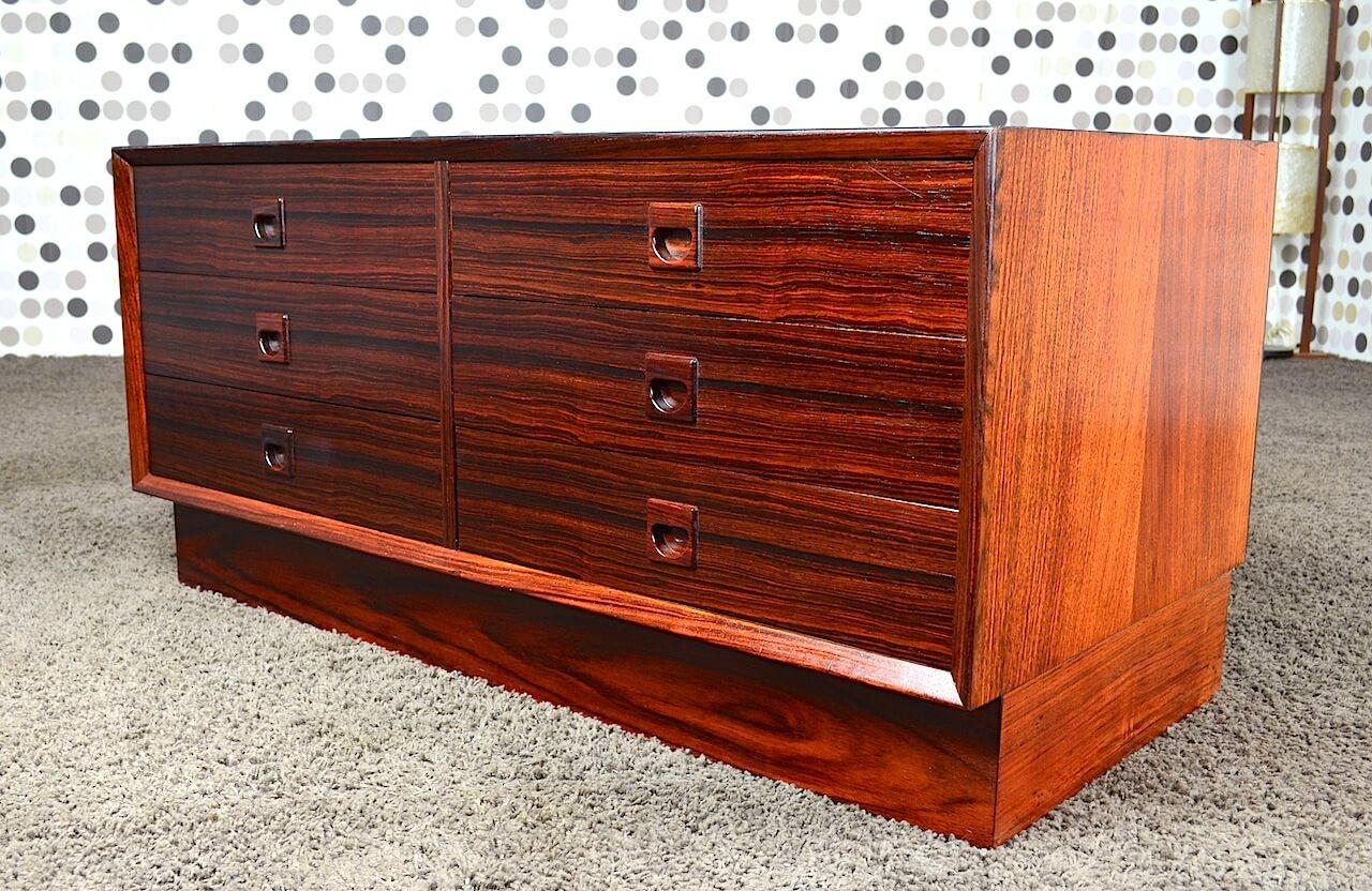 commode basse scandinave palissandre de rio 1960 kurt. Black Bedroom Furniture Sets. Home Design Ideas