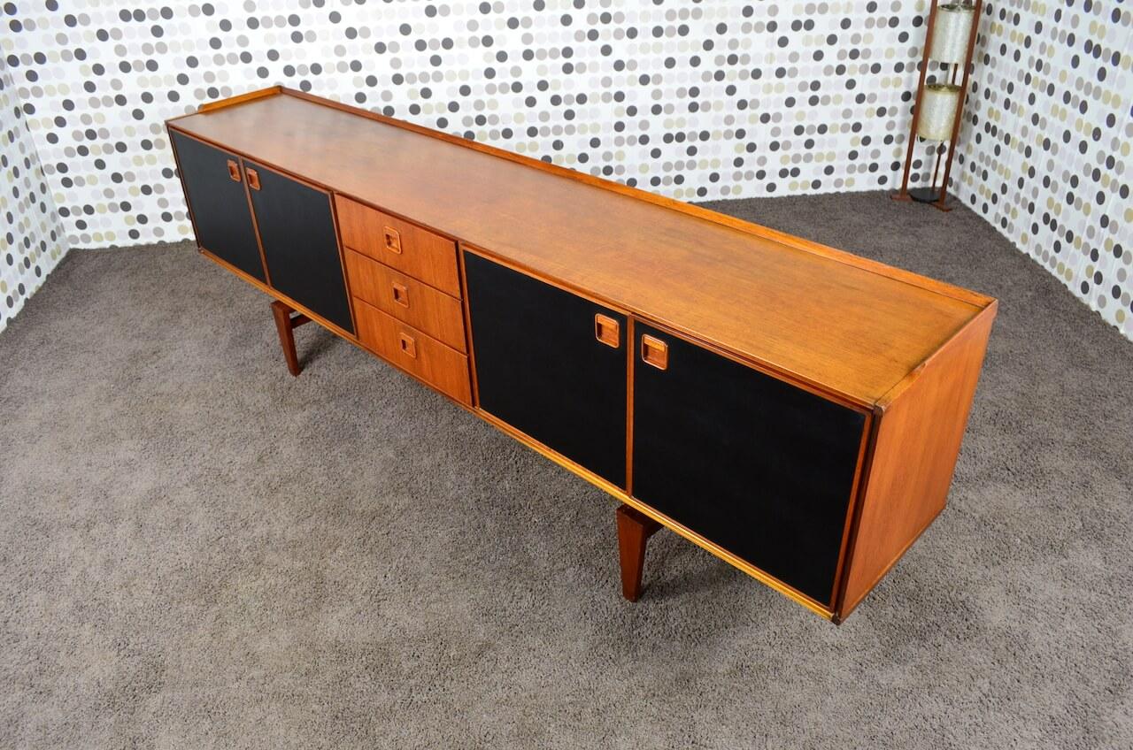 enfilade design scandinave en teck fristho nv franeker vintage 1960 design vintage avenue. Black Bedroom Furniture Sets. Home Design Ideas