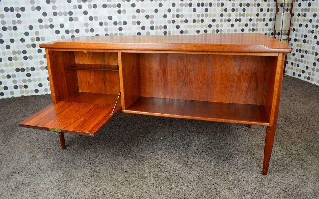 bureau scandinave double face teck vintage 1960 arne vodder design vintage avenue. Black Bedroom Furniture Sets. Home Design Ideas
