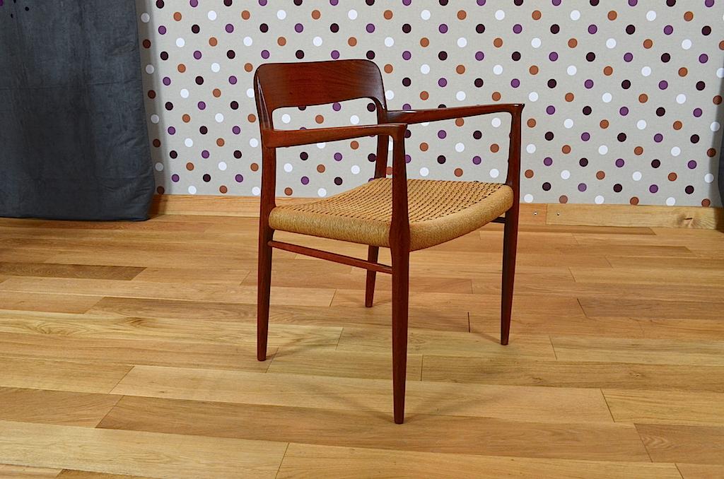 fauteuil de bureau scandinave en teck de niels otto moller mod le n 56. Black Bedroom Furniture Sets. Home Design Ideas