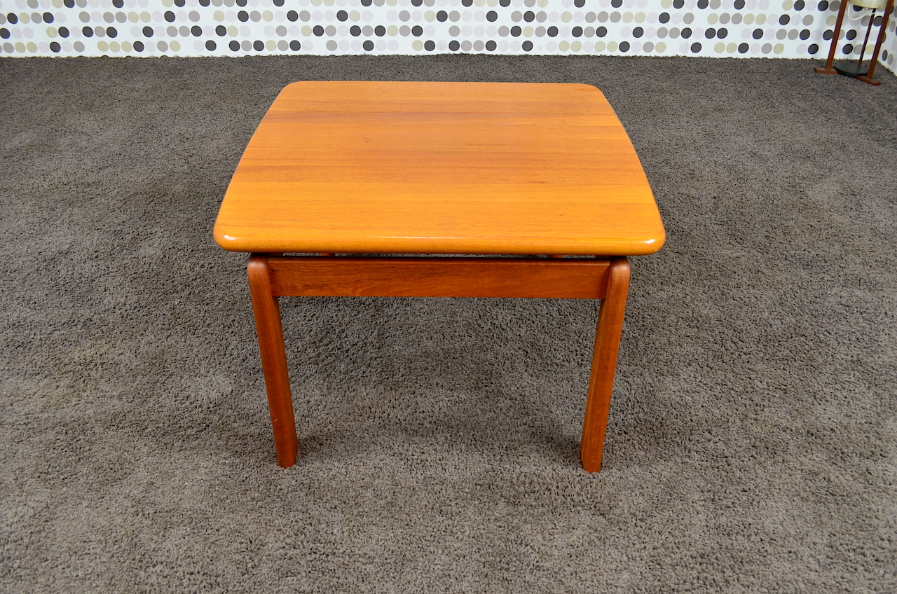 Table basse carr e scandinave en teck massif vintage 1965 designvintageaven - Table basse teck massif ...