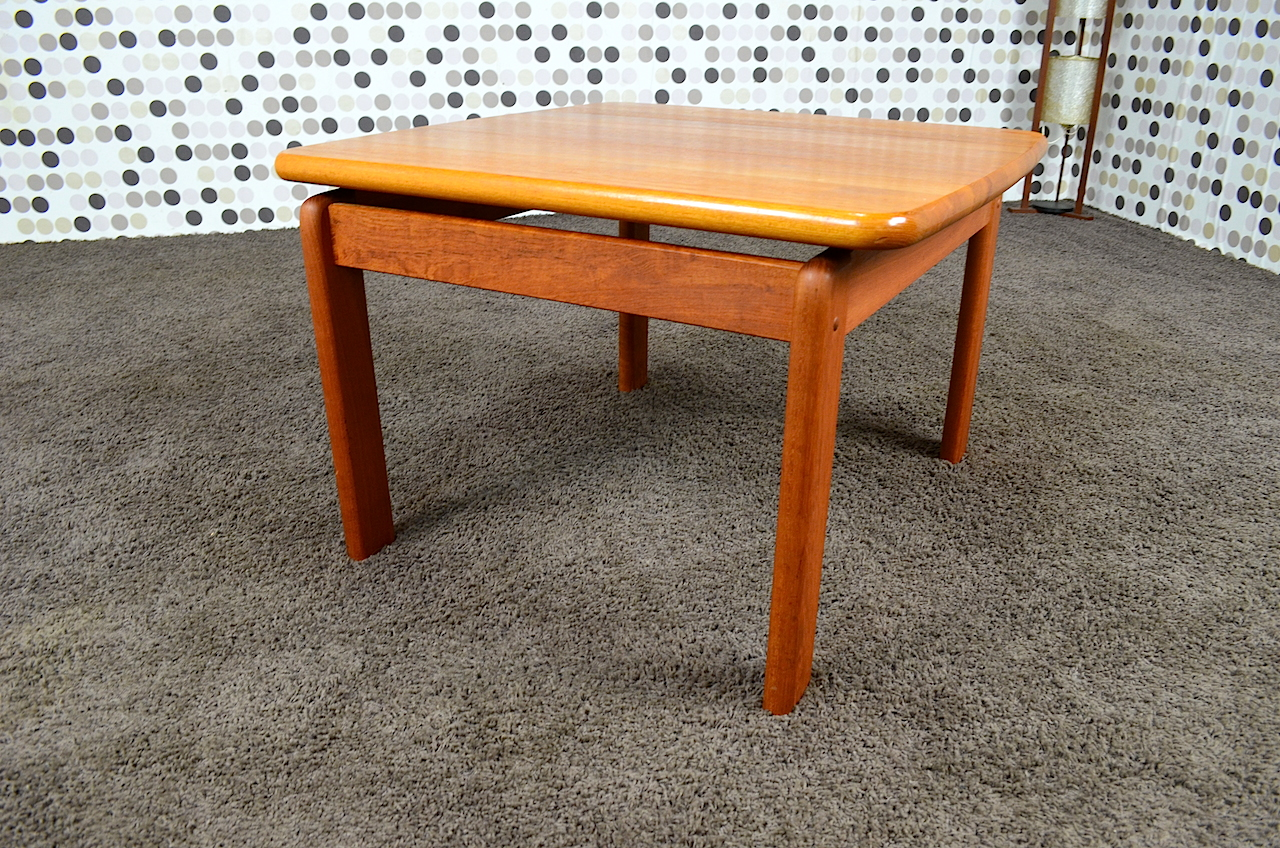 Table Basse Carree Cocktail Scandinave