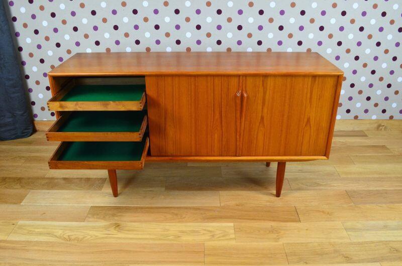 enfilade design scandinave en teck gunni omann vintage 1960 design vintage avenue. Black Bedroom Furniture Sets. Home Design Ideas