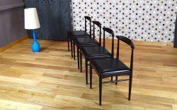 4 Chaises Design Scandinave en Acajou Vintage 1966 – A1185