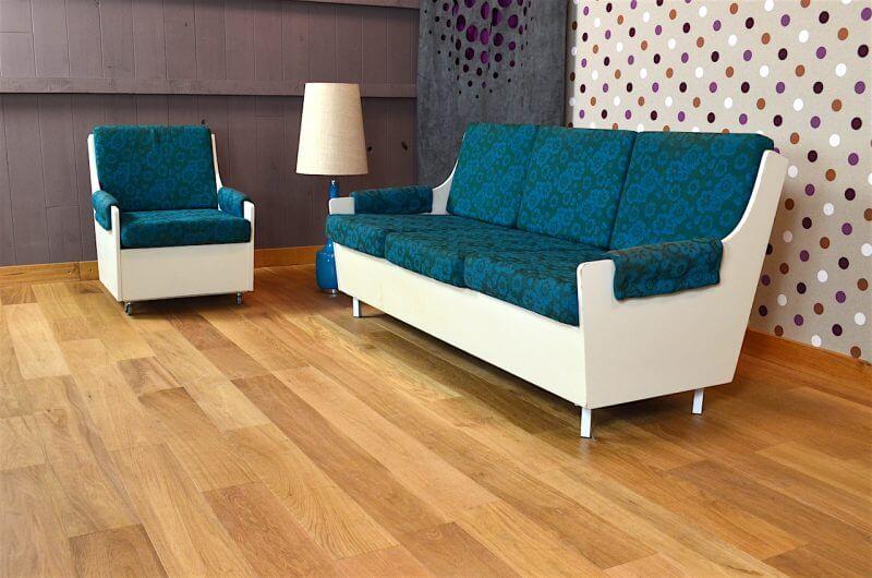 Salon design banquette et fauteuil vintage 1960 design for Fauteuils salon design