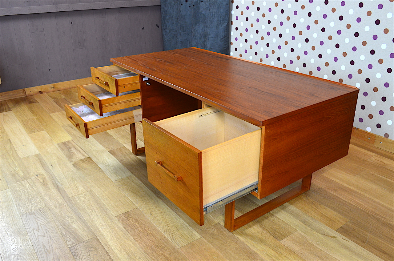 Bureau Design Scandinave En Teck Henning Jensen Vintage 1960