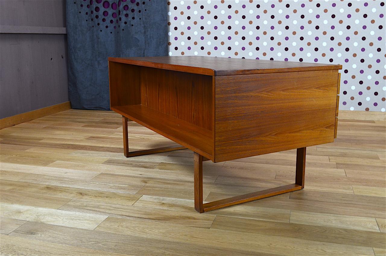 mobilier bureau design scandinave en teck henning jensen vintage