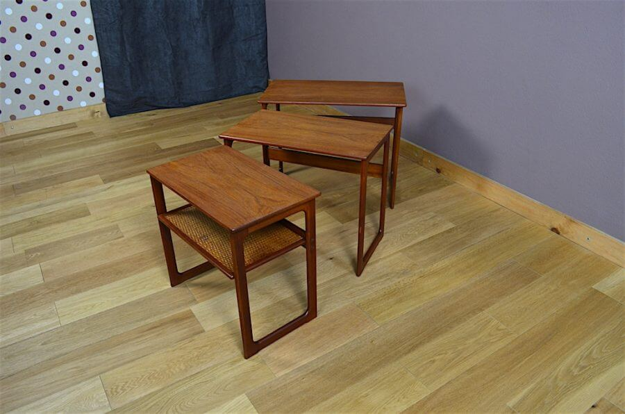 Jeux de 3 tables gigognes danoise en teck vintage 1960 par for Table basse danoise