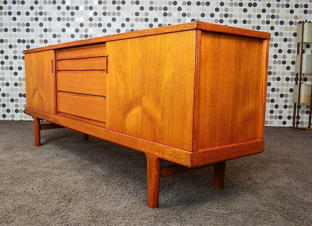 enfilade danoise en teck vintage 1965 h kjaernulf. Black Bedroom Furniture Sets. Home Design Ideas
