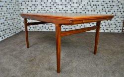 Table Design Danoise en Teck Johannes Andersen Vintage 1960