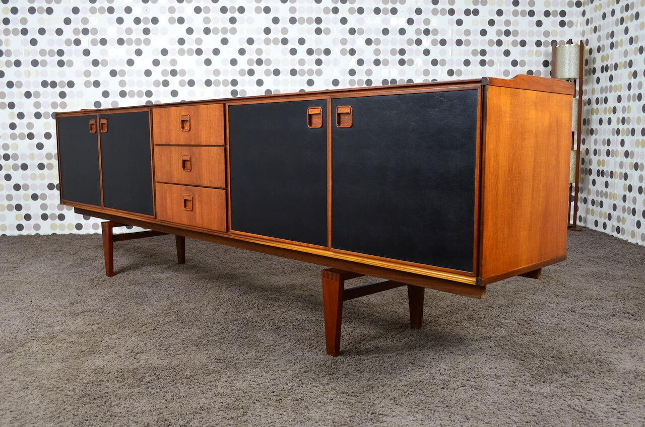 enfilade design scandinave en teck fristho nv franeker vintage 1960. Black Bedroom Furniture Sets. Home Design Ideas