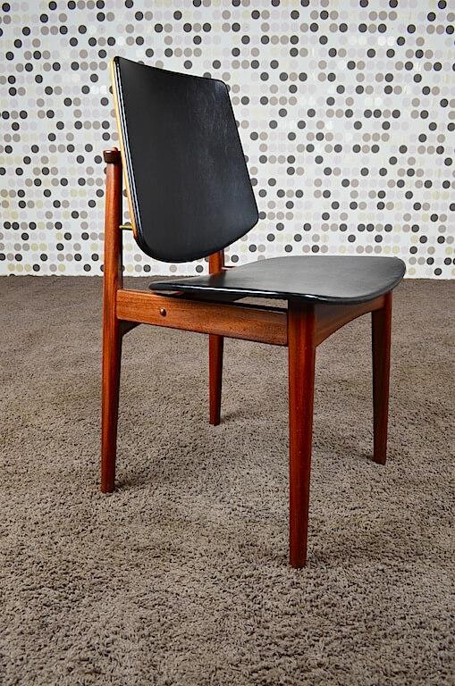 6 chaises danoise en teck vintage 1960 arne hovmand olsen vendu. Black Bedroom Furniture Sets. Home Design Ideas