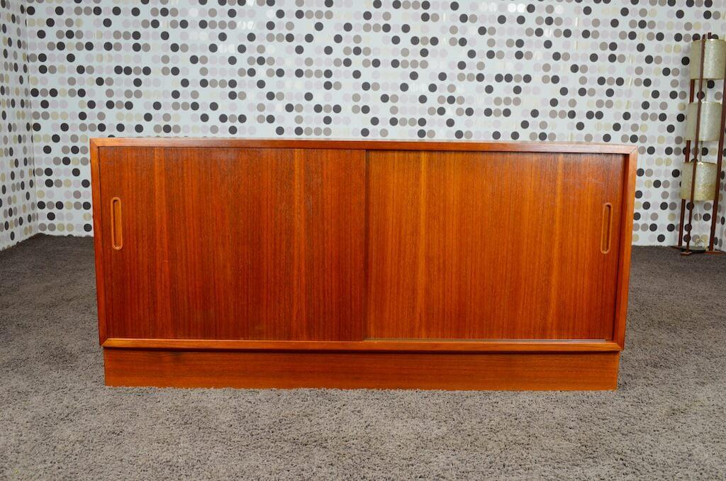 enfilade meuble lcd danois en teck poul hundevad 1968. Black Bedroom Furniture Sets. Home Design Ideas