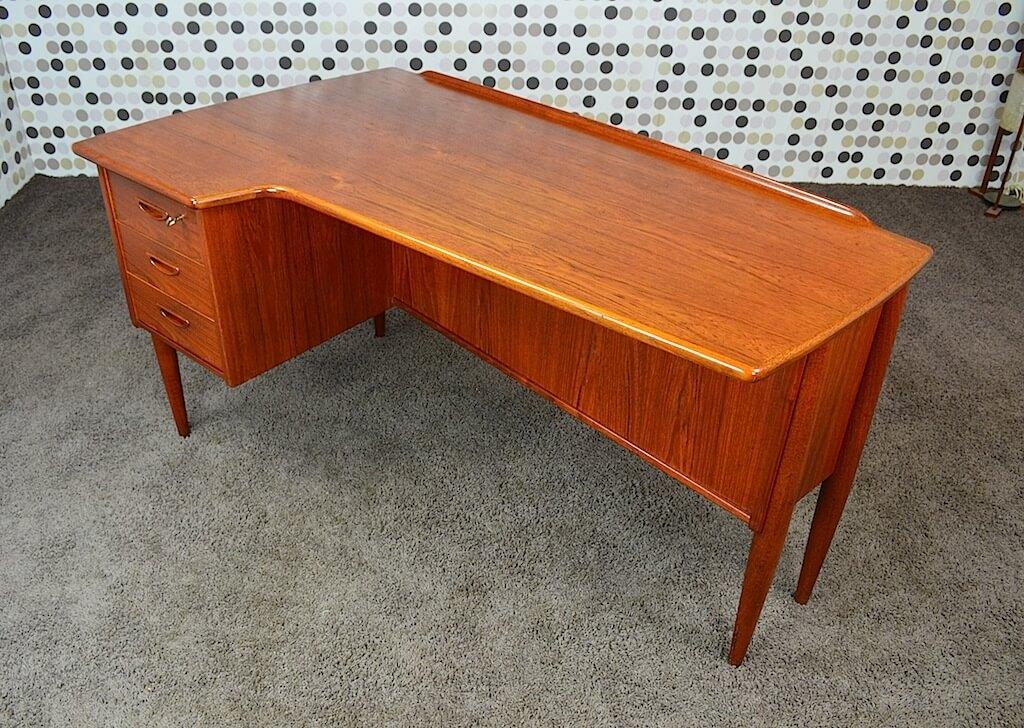 bureau scandinave double face teck vintage 1960 arne. Black Bedroom Furniture Sets. Home Design Ideas