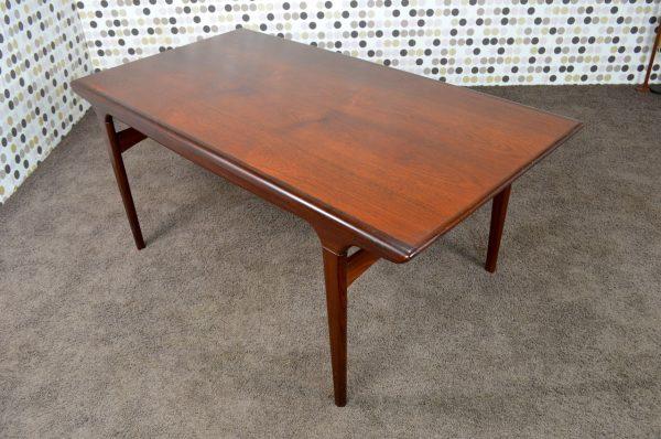 Table Danoise de Johannes Andersen en Teck Vintage 1961