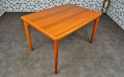 Table Danoise en Teck Blond H. Kjaernulf Vintage 1968