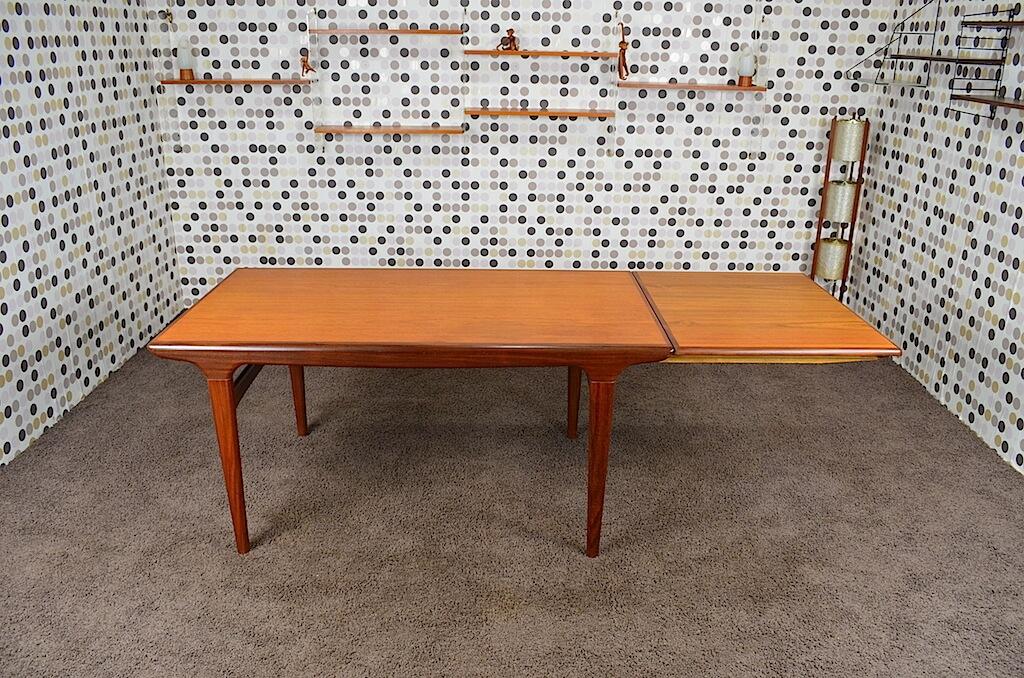 table scandinave johannes andersen en teck vintage 1960. Black Bedroom Furniture Sets. Home Design Ideas