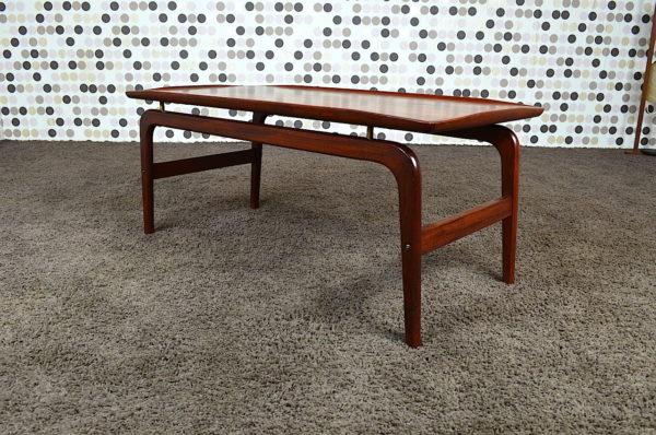 Table Basse Danoise en Teck Arne Hovmand Olsen Vintage 1960