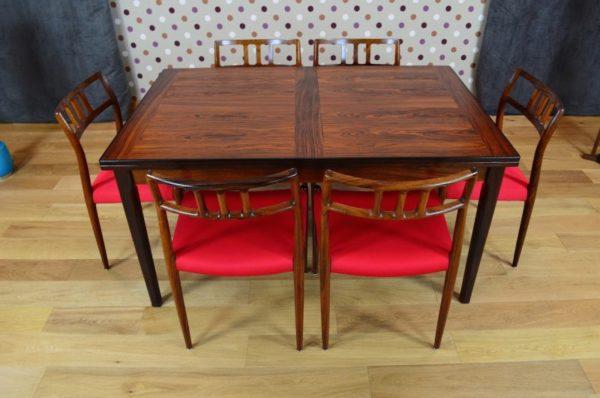 Table Danoise en Palissandre de Rio Dyrlund Vintage 1966