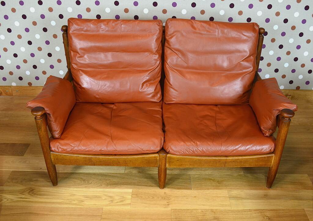 salon scandinave en cuir fauve vintage 1960 a1172. Black Bedroom Furniture Sets. Home Design Ideas