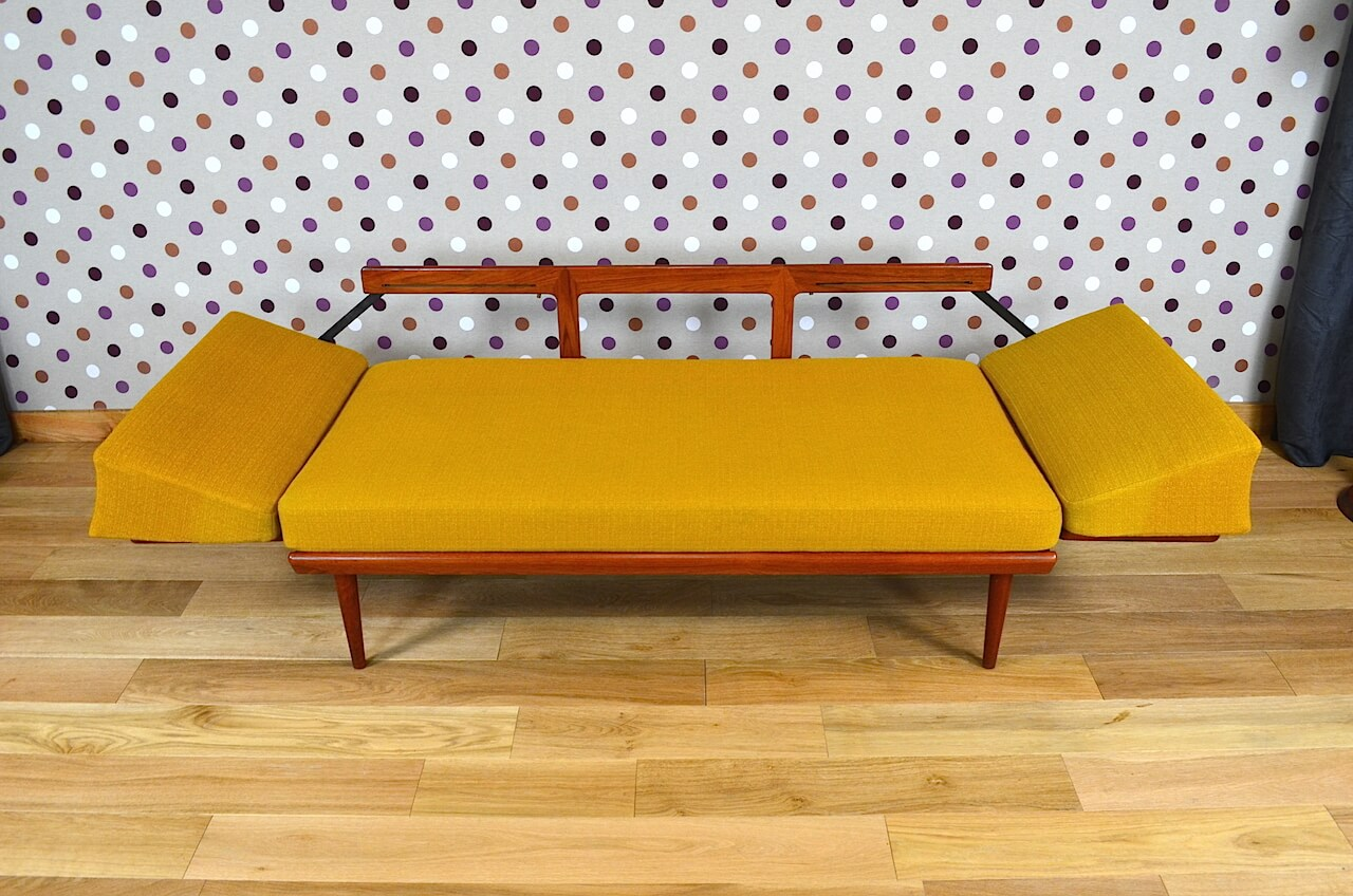 daybed banquette peter hvidt design scandinave vintage 1960. Black Bedroom Furniture Sets. Home Design Ideas