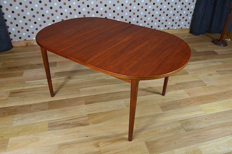 table ovale scandinave en teck de nils jonsson vintage 1960. Black Bedroom Furniture Sets. Home Design Ideas