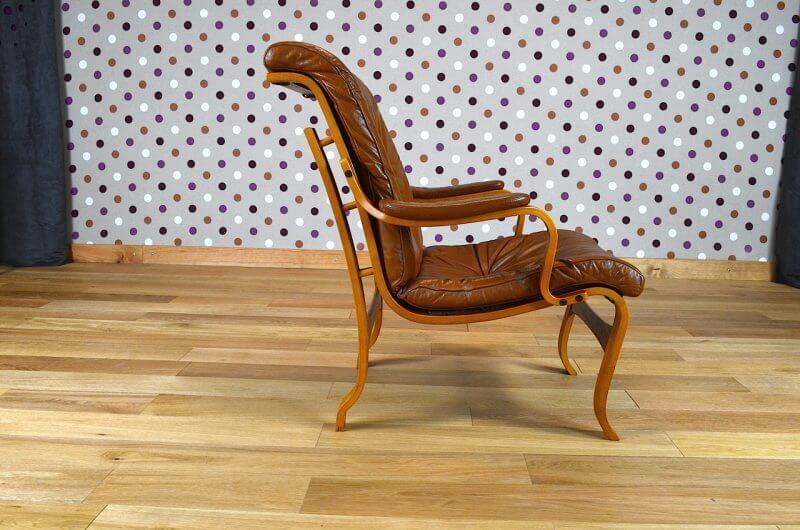 fauteuil design scandinave en bois blond cuir vintage 1960. Black Bedroom Furniture Sets. Home Design Ideas