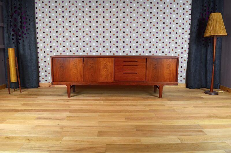 enfilade danoise en teck de h kjaernulf vintage 1965. Black Bedroom Furniture Sets. Home Design Ideas