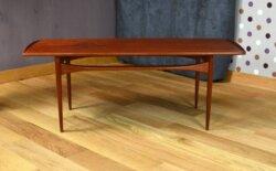 Table Basse Danoise en Teck Vintage 1955 d' Edvard Kindt-Larsen