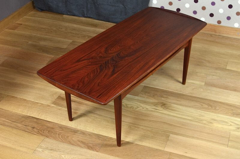 Table basse danoise en teck vintage 1955 d 39 edvard kindt for Table basse danoise