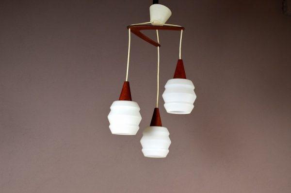 Lustre 3 Globes Design Scandinave en Teck Vintage 1960