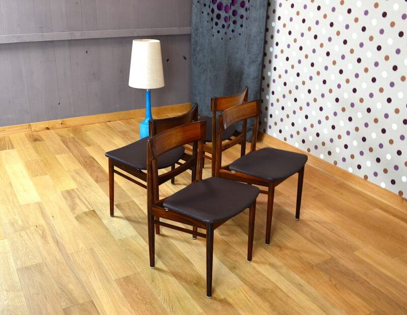 4 chaises danoise en palissandre de rio rosengren hansen vintage 1964. Black Bedroom Furniture Sets. Home Design Ideas