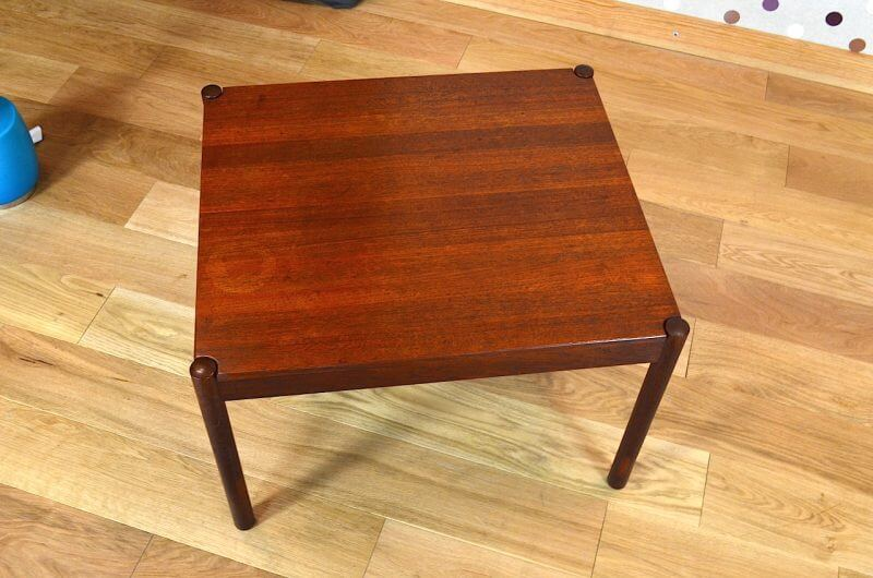 table basse scandinave teck vintage 1963 kai kristiansen. Black Bedroom Furniture Sets. Home Design Ideas