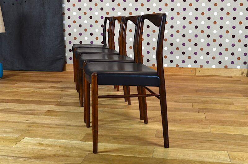 4 chaises danoise en palissandre de rio de kai lyngfeldt larsen vintage 1957. Black Bedroom Furniture Sets. Home Design Ideas