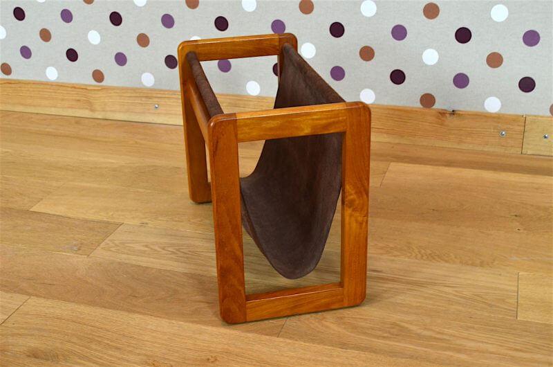 porte revues design scandinave en teck aksel kjersgaard vintage 1960. Black Bedroom Furniture Sets. Home Design Ideas
