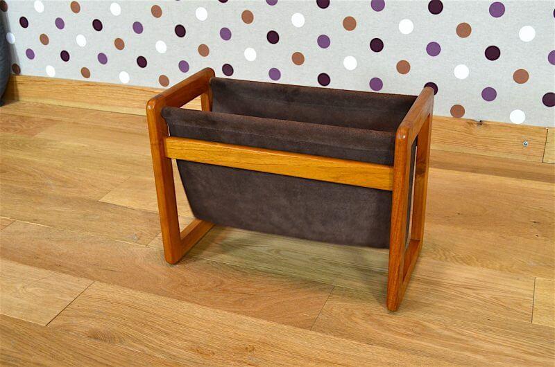 porte revues design scandinave en teck aksel kjersgaard vintage 1960 a1791. Black Bedroom Furniture Sets. Home Design Ideas