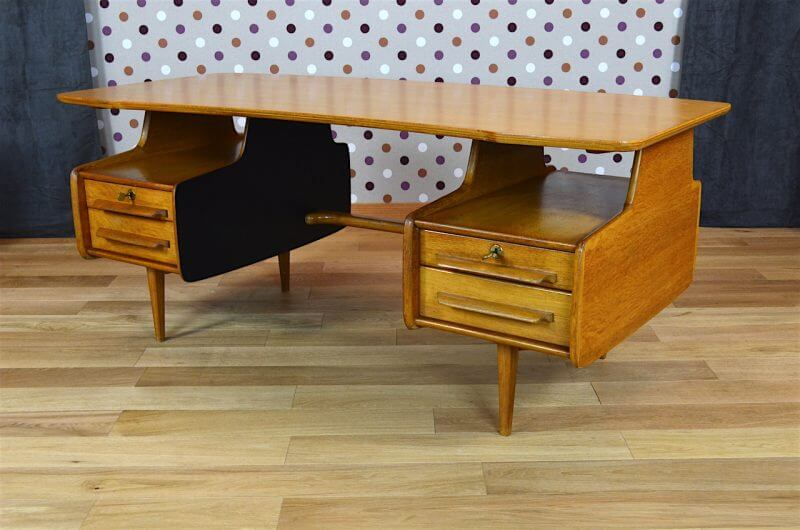 bureau design vintage en ch ne blond de jacques hauville 1950. Black Bedroom Furniture Sets. Home Design Ideas