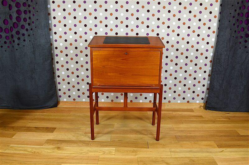 secr taire scriban danois en teck a wahl iversen vintage 1960. Black Bedroom Furniture Sets. Home Design Ideas