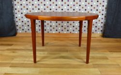 Table Ronde Design Scandinave en Teck V V Mobler Vintage 1960