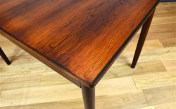 Table Design Scandinave en Palissandre de Rio Vintage 1960 photo accueil