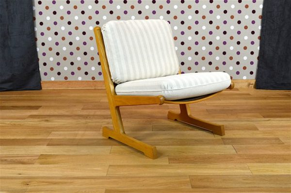 Chauffeuse Design Scandinave A. Heath - A1953
