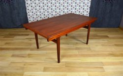 Table Scandinave en Teck Vintage H. Kjaernulf 1960