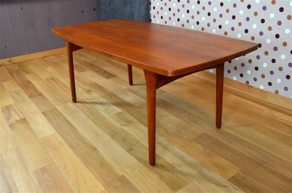 belle table scandinave teck henning 1960