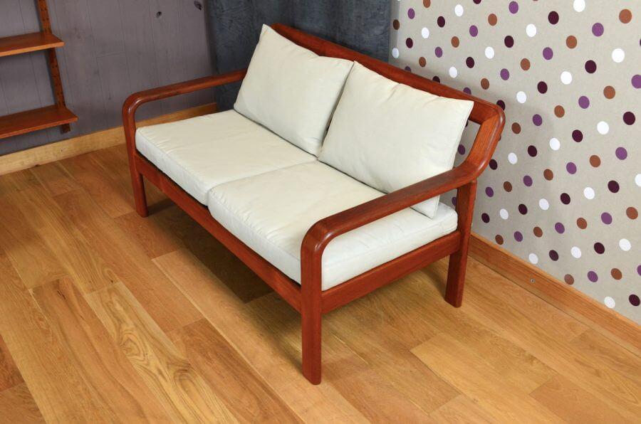 banquette design scandinave en teck olsen son vintage. Black Bedroom Furniture Sets. Home Design Ideas