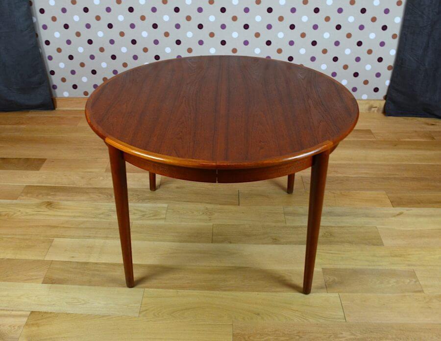 table ronde design scandinave en teck vintage 1966. Black Bedroom Furniture Sets. Home Design Ideas
