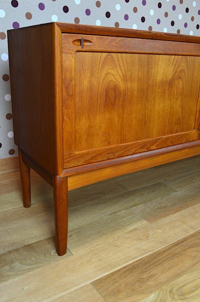 enfilade design scandinave en teck h w klein vintage 1965 a2032. Black Bedroom Furniture Sets. Home Design Ideas