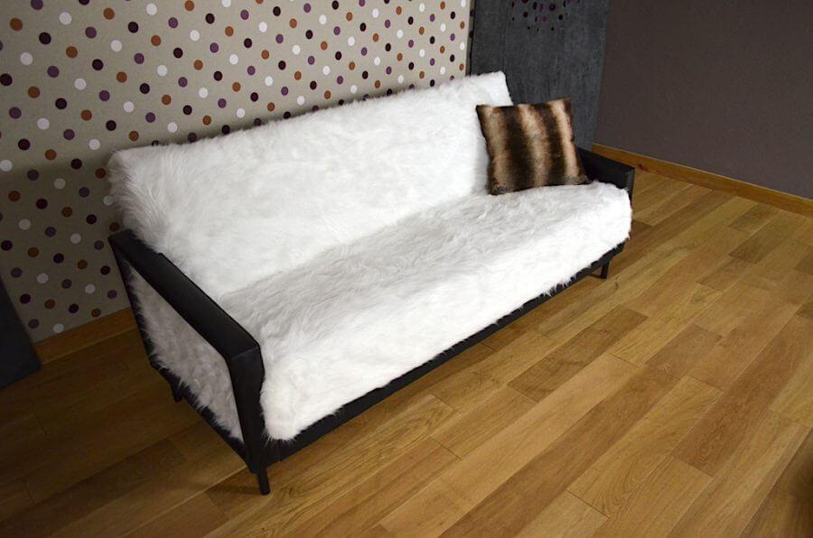 coussin design fourrure brun sauvage made in france. Black Bedroom Furniture Sets. Home Design Ideas