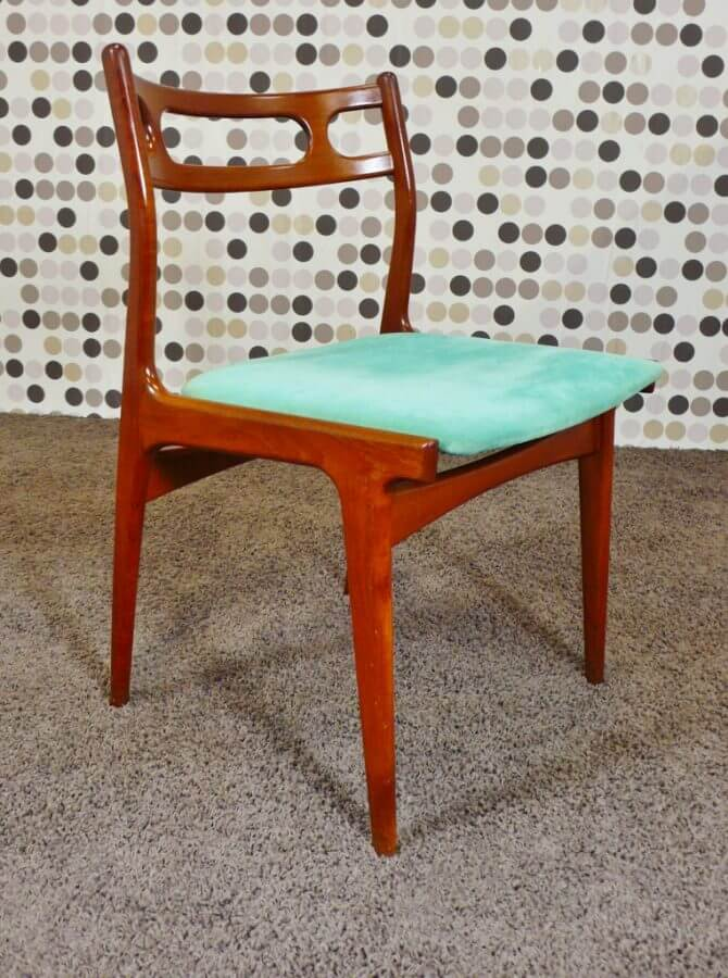 6 chaises danoise johannes andersen editeur uldum 1967. Black Bedroom Furniture Sets. Home Design Ideas