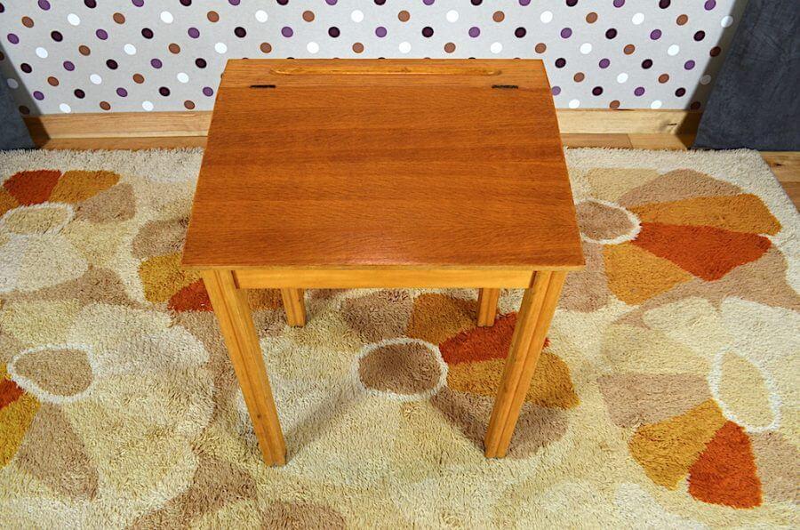 bureau pupitre enfant en h tre vintage a2150. Black Bedroom Furniture Sets. Home Design Ideas