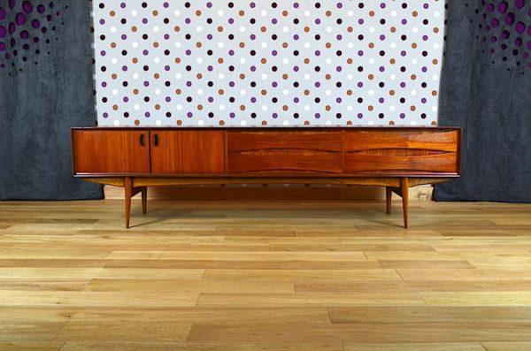 Enfilade Basse d'Oswald Vermaercke Design Scandinave 1959